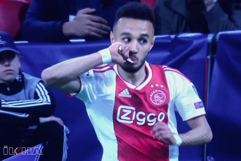 Ajax'ın oyuncuları maç esnasında oruçlarını açtı