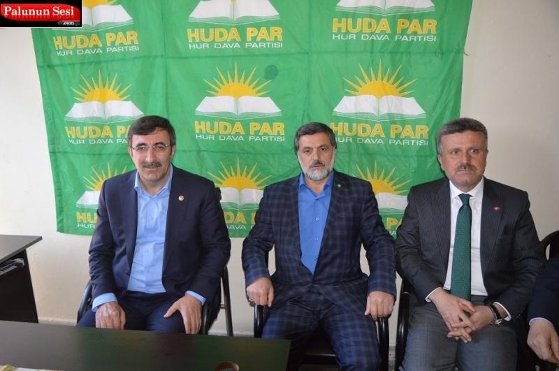 Akparti Genel Başkan Yardımcısından Palu HÜDA PAR` a Ziyaret