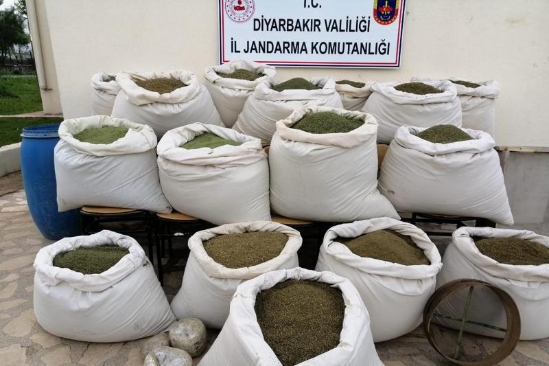 Diyarbakır'da 810 kilogram uyuşturucu madde ele geçirildi-VİDEO