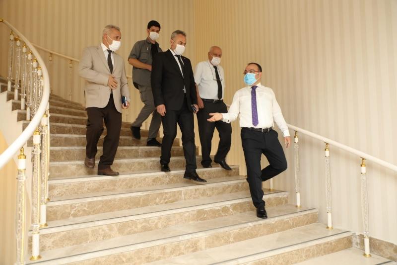 Elazığ Valisi Erkaya Yırık'tan, Birimlere Ziyaret