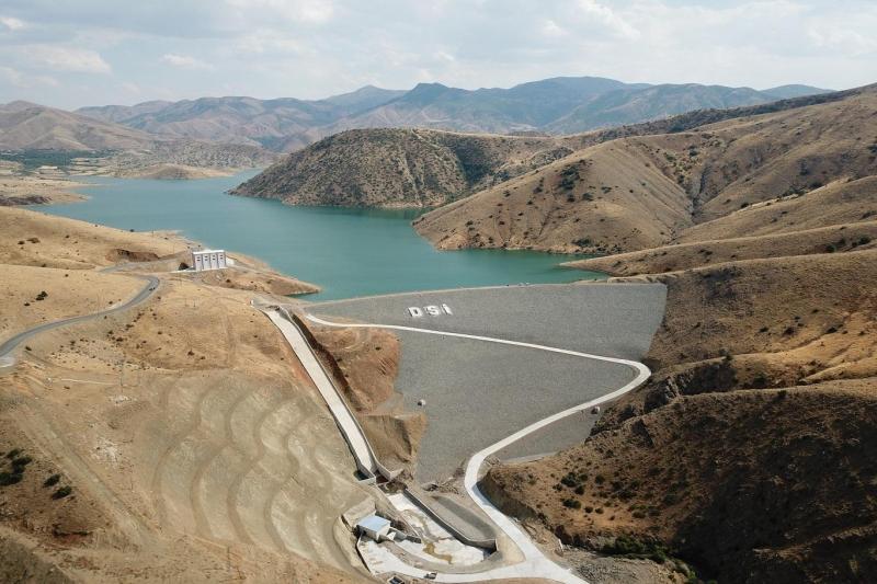 Elazığ'ın içme suyu projesinde ana isale hattında son 700 metreye gelindi