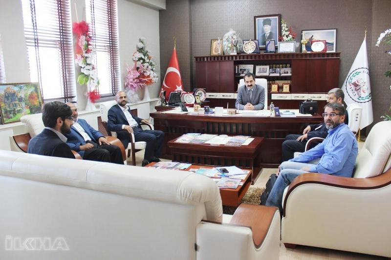 HÜDA PAR milletvekili adayından Baro ve TSO'ya ziyaret