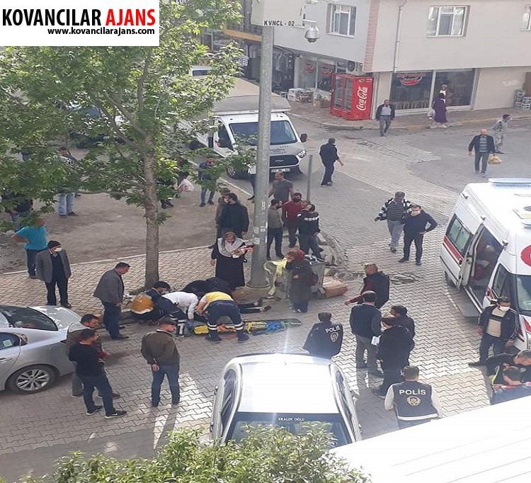 Otomobil duran minibüse çarptı: 2 Yaralı