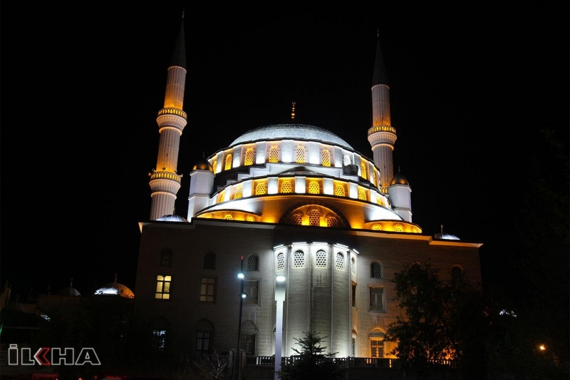 Ramazan bereket ve rızık ayıdır-VİDEO