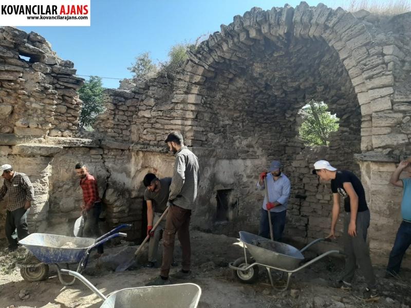Sonradan Cami olarak kullanılan tarihi kilise restore ediliyor