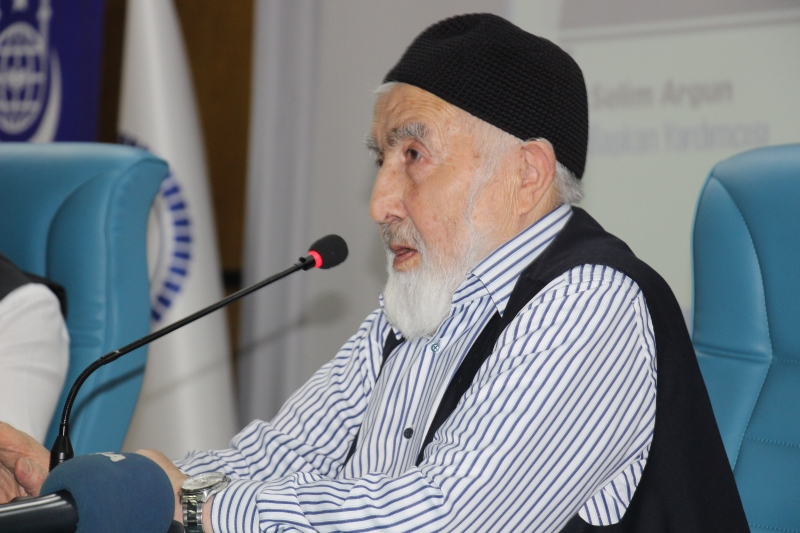 """""""İslam İdrakinde Süreklilik, Derinlik ve Yenilik"""" paneli düzenlendi"""""""